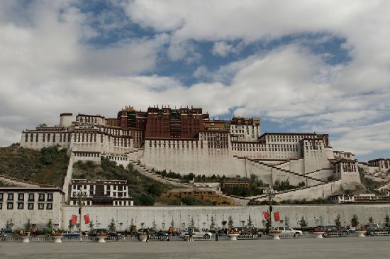 Potala Palace for Three Himalayan Kingdom (Tibet)