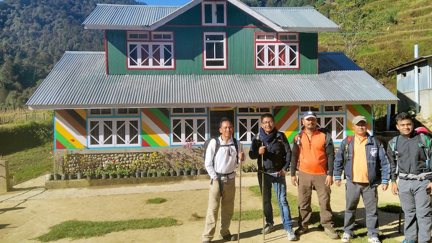Sandkhaphu Trek - Rendezvous with the Superlative.