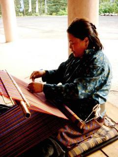 yatra_weaving