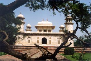 Itmad-ud-Daulah Tomb