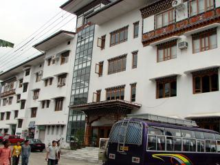 Hotel Lhaki