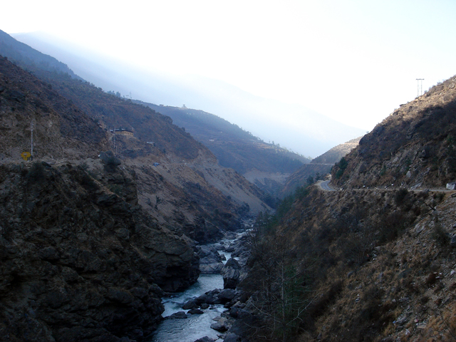 Road from Phuentsoling to Thimphu
