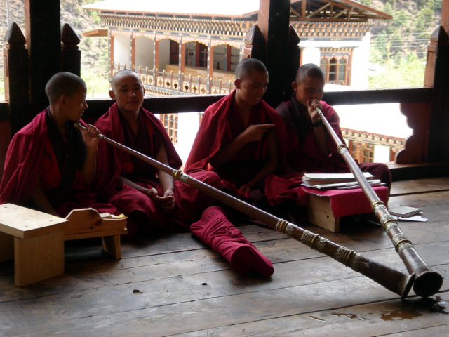 Lhakhang Karpo and Nakpo
