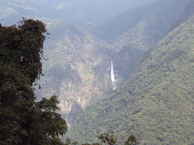 Phuentsholing Thimphu road view