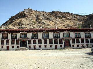 Dechen Dzong