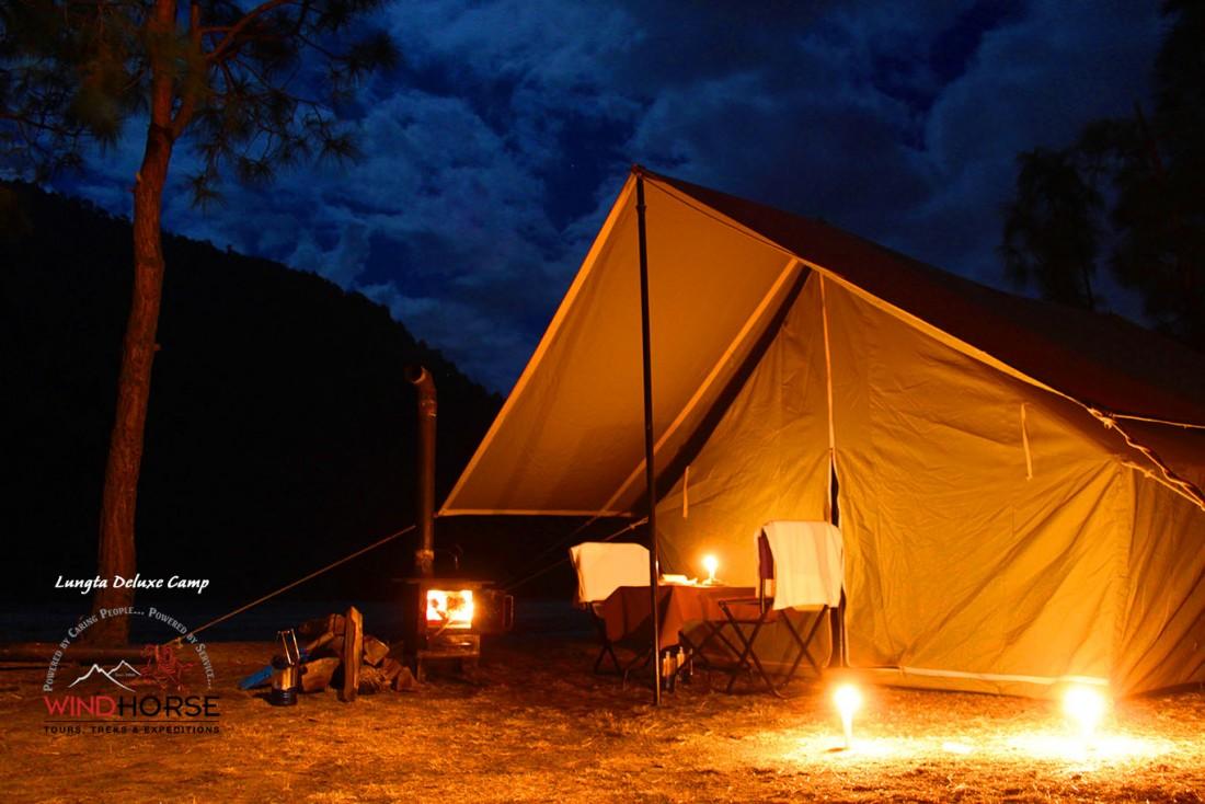 deluxe-camp-bhutan