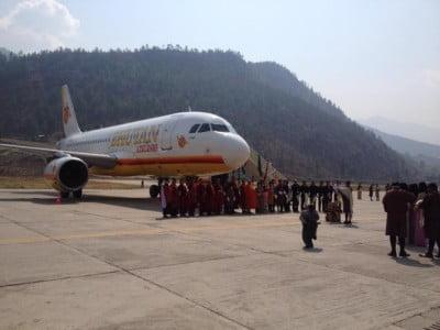 Bhutan-Airlines-620x465