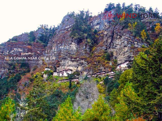 Kila Goenpa near Chele la Pass