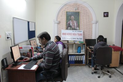 Customer Service in Delhi